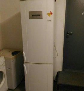 Холодильник Электролюкс 190см