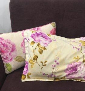 Подушки декоративные (цена за обе)