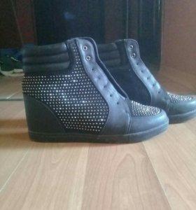 ботинки на платформе takers