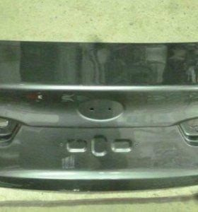 Крышка багажника на KIA RIO 3