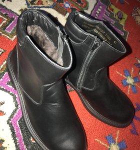 Ботинки зимние 42 размера