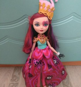 Кукла Ever After High Lizzie Hearts