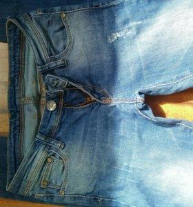 джинсы 25 -26размер