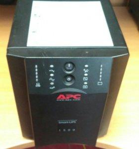 APC Smart-UPS USB & Serial 230V SUA1500I