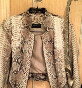 Куртка питон vericci