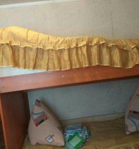 Двухъярусная кровать с комодом и  с матрасами
