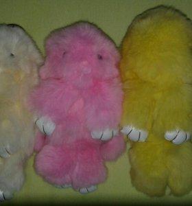 Брелки меховые зайцы-кролики