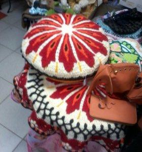 Подушка и коврик вязанный комплект