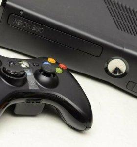 Xbox 360, 250 Гб (2 геймпада) + 6 лицензионных игр