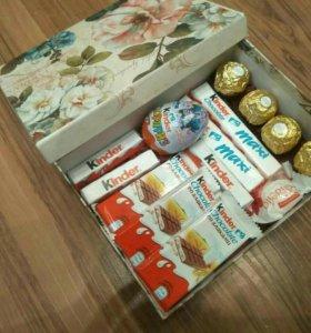 Подарочные наборы и торты