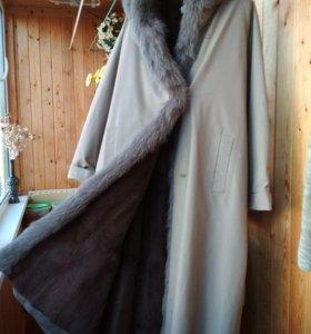 Пальто зимнее на отстёгивающейся меховой подкладке
