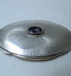 Пудреница серебряная, золотые накладки, аметист