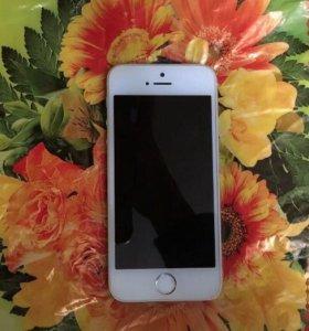 iPhone 5s 16 гб состояние отличное