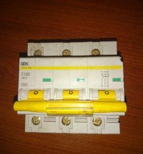 Автоматический выключатель IEK BA47-100 C100 10KA