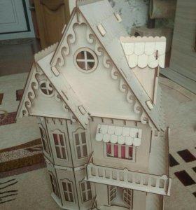 Дом деревянный с мебелью