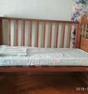 Детская деревянная кровать+ матрац+пос.белье+подар