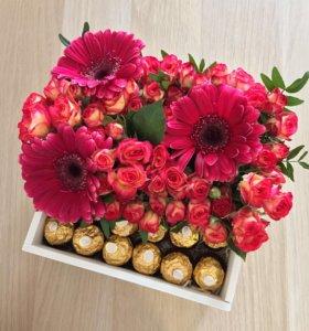 Цветы в коробке / цветочная композиция / подарок