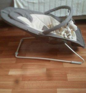 Шезлонг детский с рождения