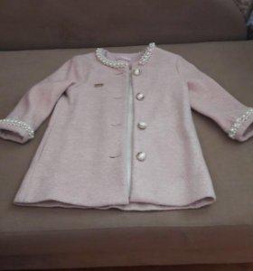 Пальто детское! 3-4 года