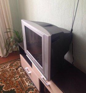 Телевизор LG диагональ54см
