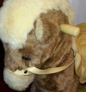 Лошадь качалка каталка Германия Rolly toys