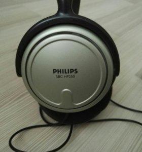 Полноразмерные наушники фирмы Philips