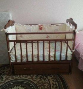 Кровать детская маятник с матрасом
