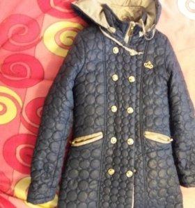 Пальто для девочки,рост 140