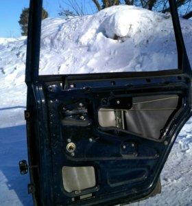 Дверь ВАЗ 2109 задняя