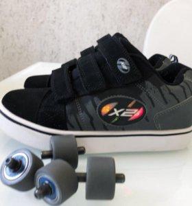 Кроссовки с колёсами Heelys