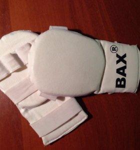 Перчатки спортивные для бокса