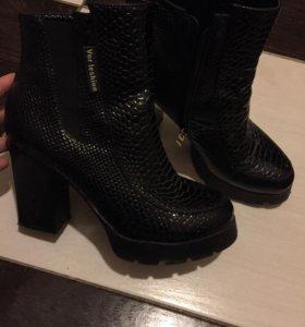 Ботильоны Сапожки Обувь Осеняя обувь 37 размер