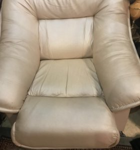 Продам диван и два кресла ЭКО кожи