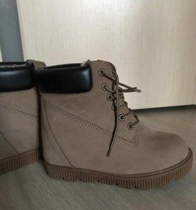 Ботинки зимние женские р. 37 новые