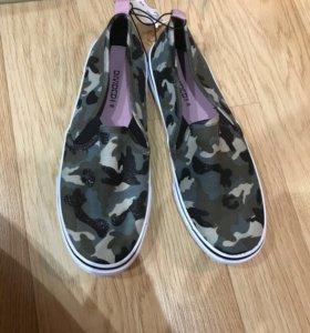 Обувь ( новые )