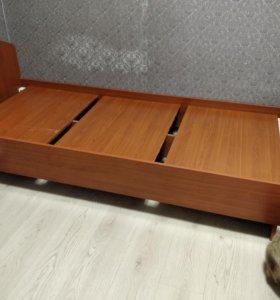 Продам одноместную кровать с матрасом