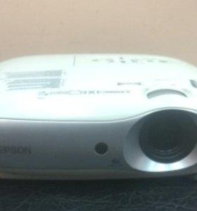 Проектор Epson EMP-TW20 состояние хорошее
