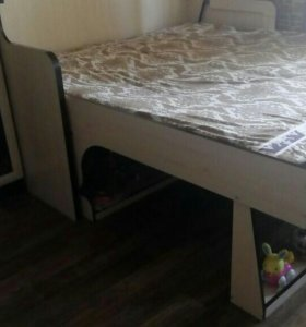Кровать трансформер со столом