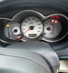 Mitsubishi colt plus 2006г