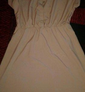 Продаю платья 46 размера не разу не одевала