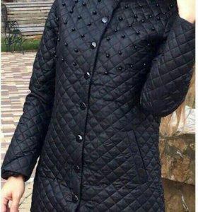 НОВОЕ Демисезонное пальто. 46 р-р