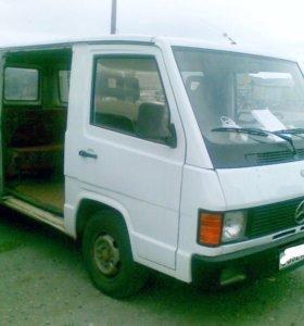 Микроавтобус Mercedes-Benz MB 100D