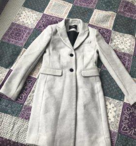 Весеннее пальто Oodji
