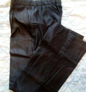 Новые брюки на стройного парня 176-80