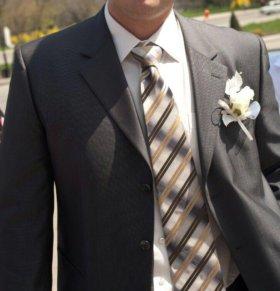 Костюм+галстук (рубашка в подарок)
