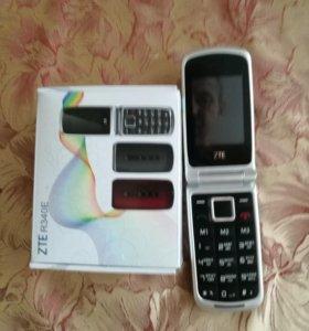 Мобильный телефон-раскладушка