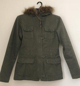 Демисезонная куртка хакки