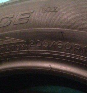 Michelin X-ICE Xi 2 205-60-16 96T