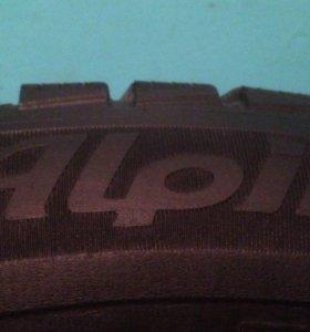 Michelin Alpine 205-55-16 91T