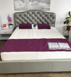 Кровать Виктория 200х160 с пм + жемчуг.